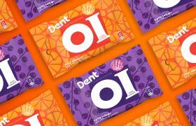 Dent Oi pakninger på orange bakgrunn